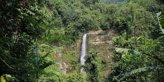 Madhobkundo-Waterfall2