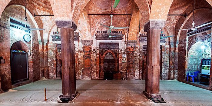 Baba-Adam-Mosque3