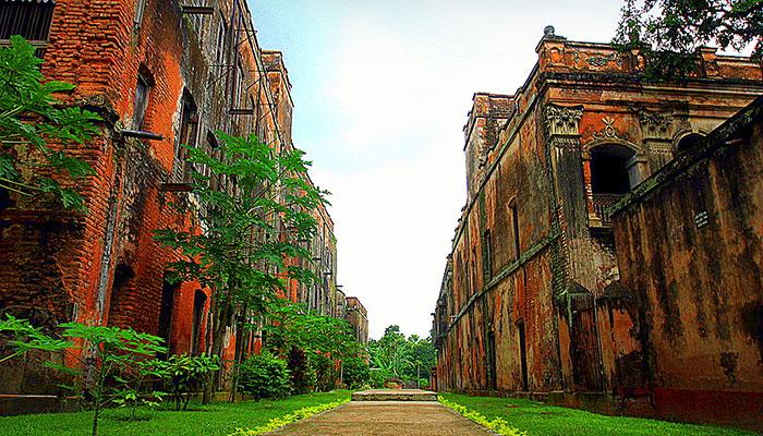 Baliati-Palace3